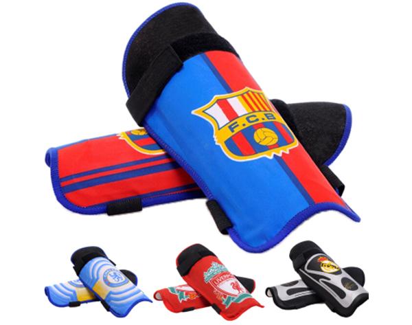 足球护腿板.jpg